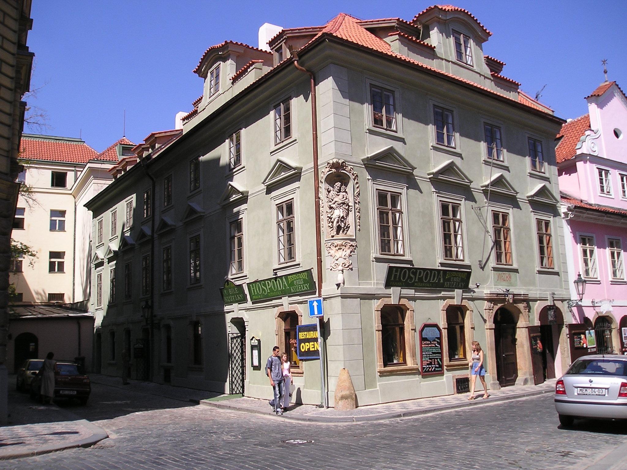 """Rekonstrukce historického objektu """"Restaurace U bílé kuželky"""", Praha"""